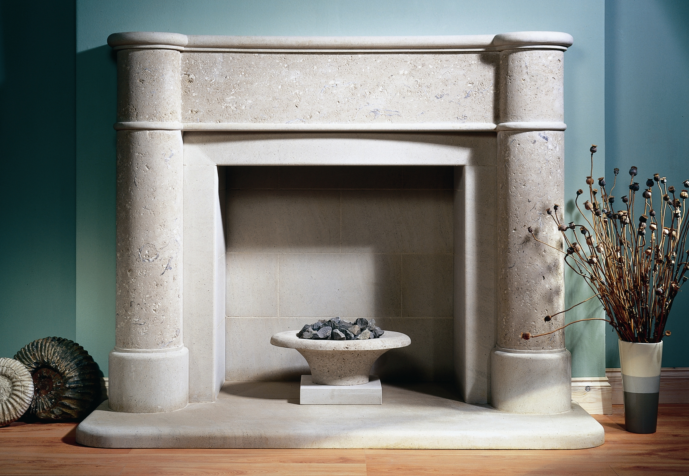 5. Portland Roach and Portland Basebed fire surround and firebowl – Chelsea