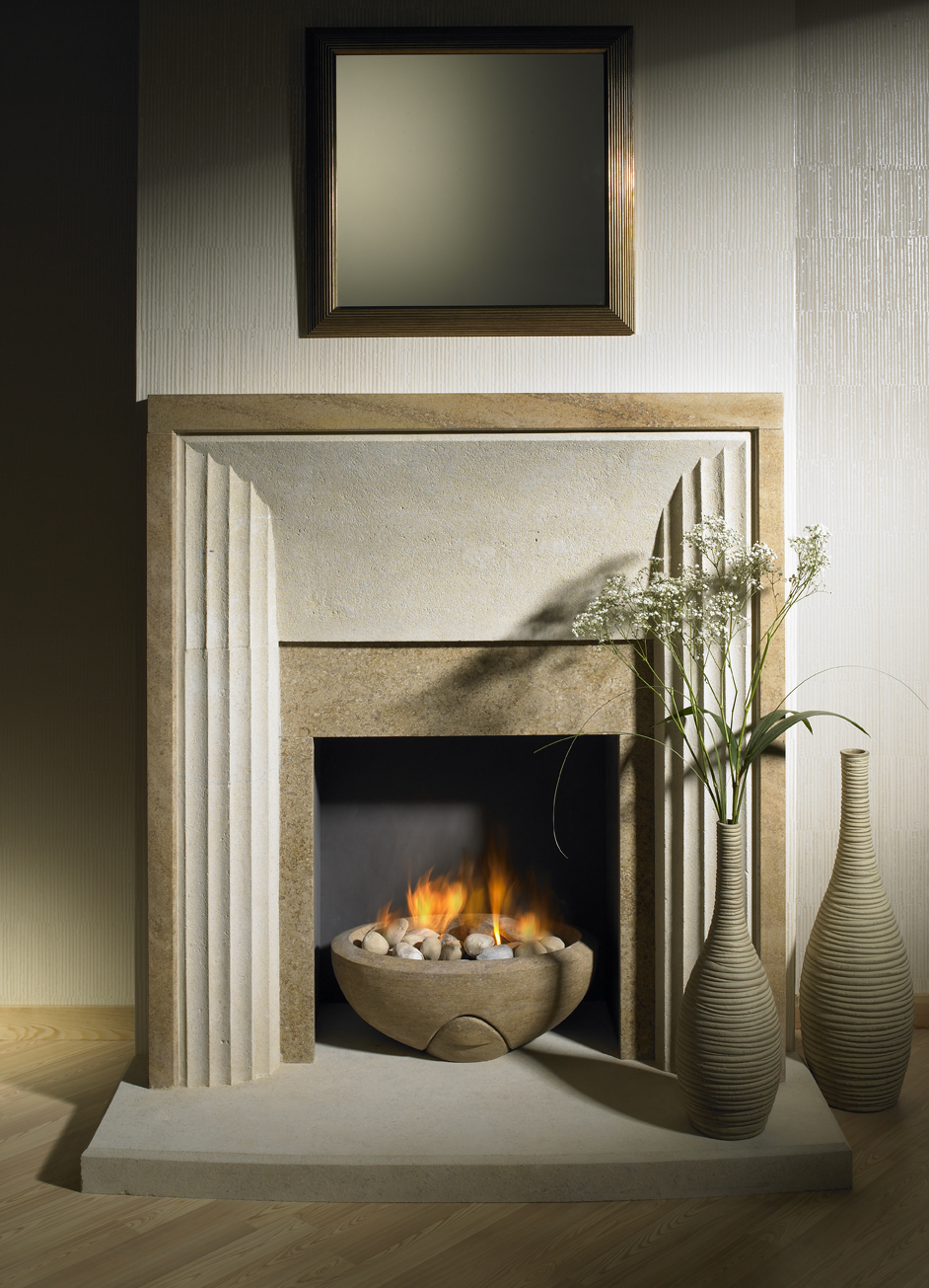 7. Manhattan style fireplace in Bathstone and Ancaster Weatherbed, with Weatherbed firebowl – Kensington