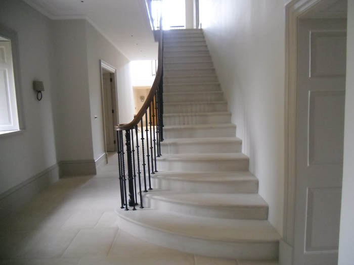 36. Portland stone cantilever staircase – Cotswolds