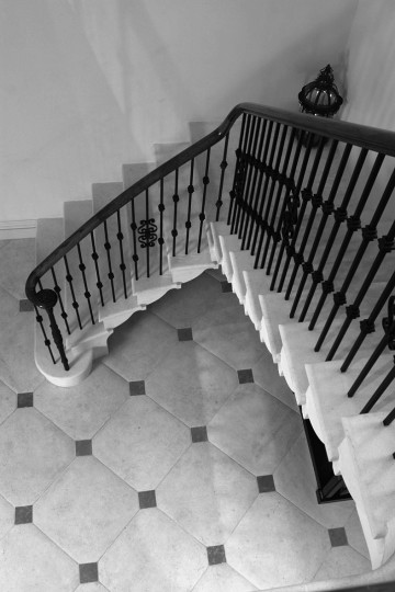 65. Anstrude Winged Staircase – Staffordshire